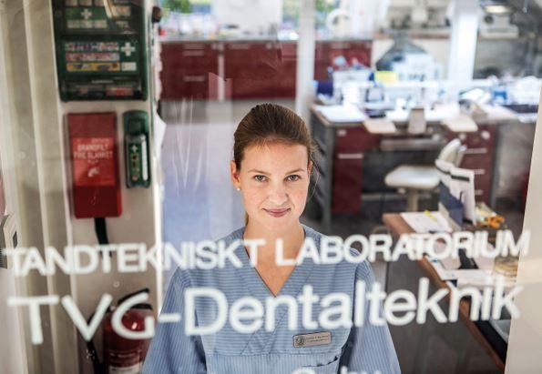 Praktik för tandtekniker tvg dentalteknik